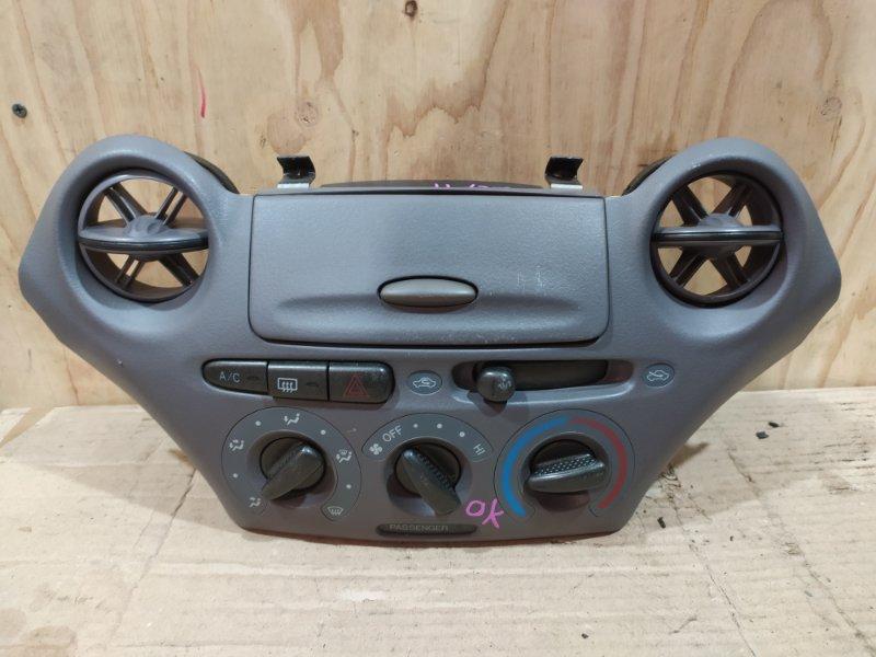 Блок управления климат-контролем Toyota Platz SCP11 1SZ-FE 2001
