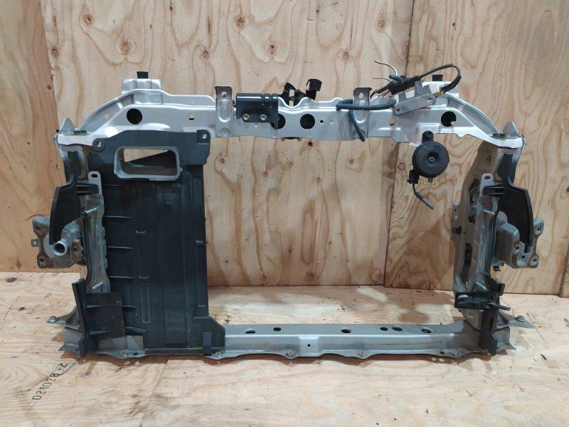 Рамка радиатора Toyota Ractis NSP120 1NR-FE 2012