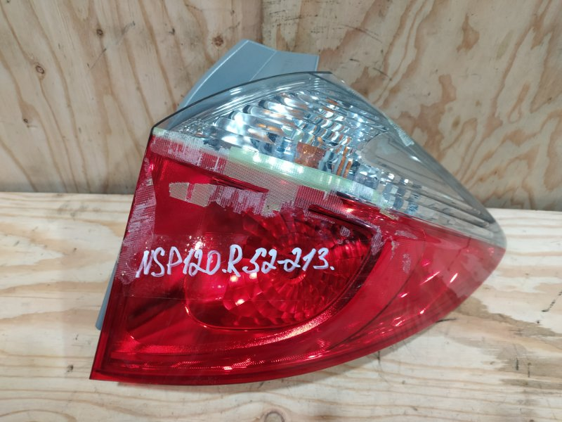 Фонарь стоп-сигнала Toyota Ractis NSP120 1NR-FE 2012 правый