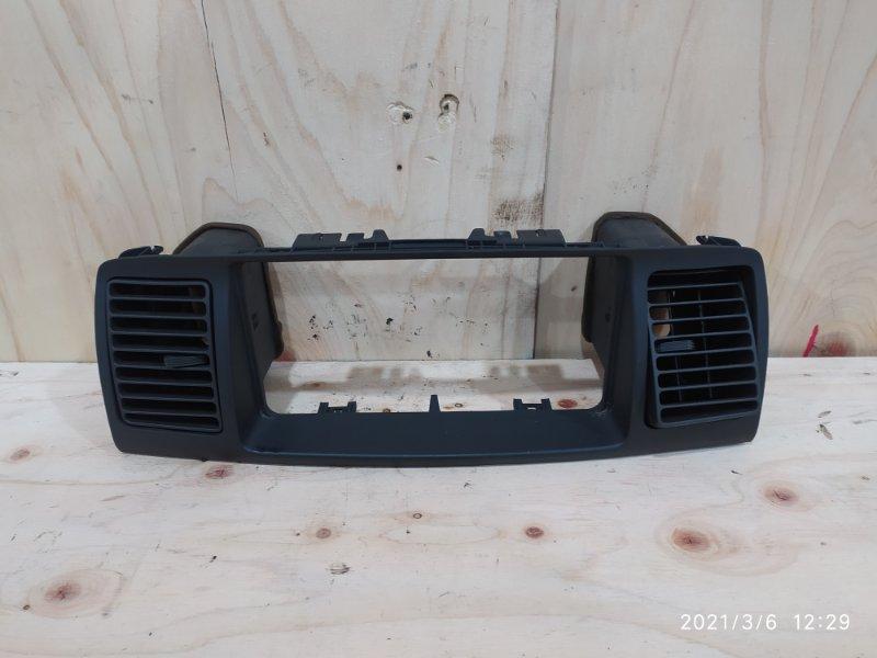 Рамка магнитофона Toyota Corolla Runx NZE121 1NZ-FE 2001