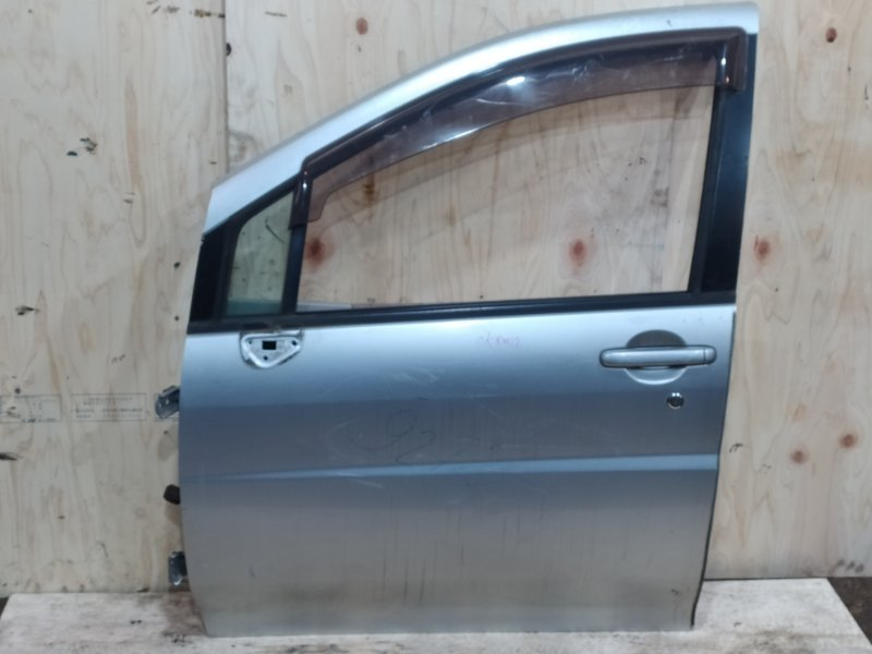 Дверь боковая Nissan Liberty RM12 QR20DE 2001 передняя левая