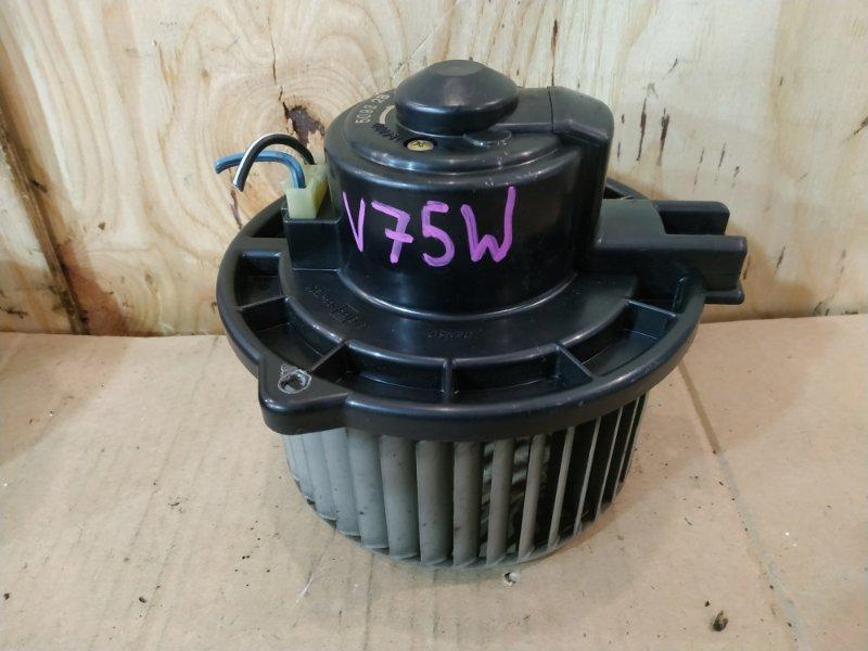 Вентилятор печки Mitsubishi Pajero V75W 6G74 2000