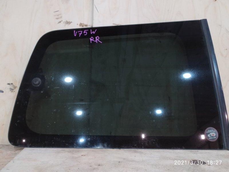 Стекло боковое Mitsubishi Pajero V75W 6G74 2000 заднее правое
