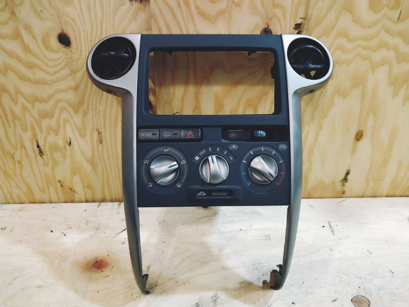 Блок управления климат-контролем Toyota Bb NCP31 1NZ-FE 2003