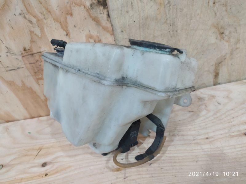 Бачок омывателя Nissan Bluebird QU14 QG18DE 2001