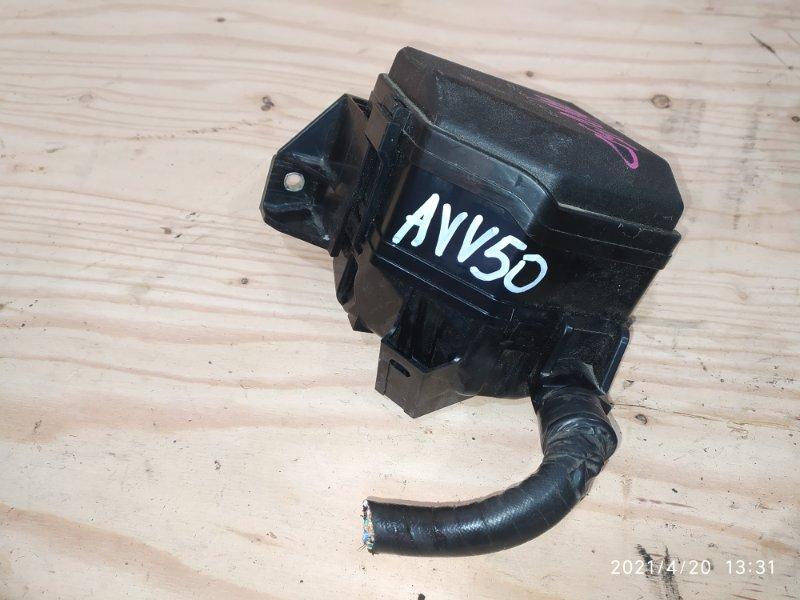 Блок реле и предохранителей Toyota Camry AVV50 2AR-FXE 2014