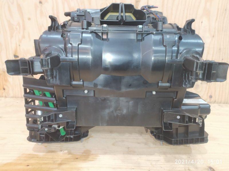 Корпус вентилятора отопителя Bmw 525I E60 N52B25 2008