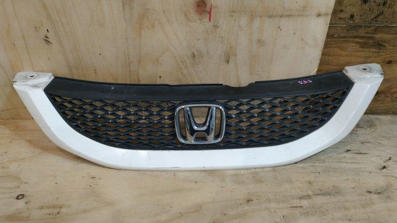 Решетка радиатора Honda Odyssey RA7 F23A 2001