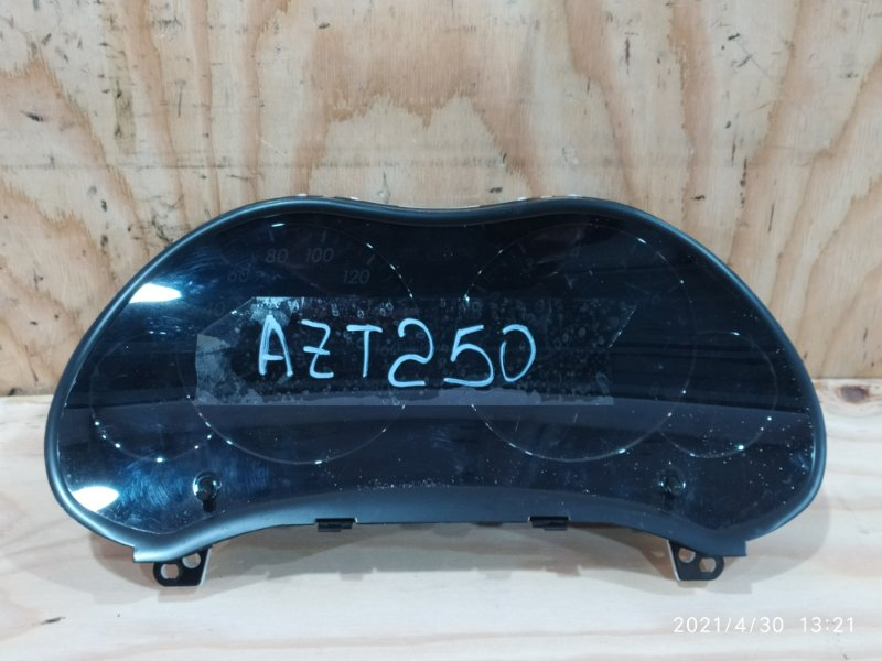 Комбинация приборов Toyota Avensis AZT250 1AZ-FSE 2004