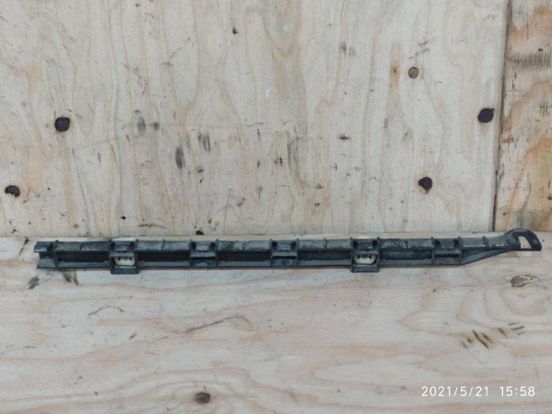 Клипса бампера Honda Civic Ferio ES1 D15B 2002 задняя правая