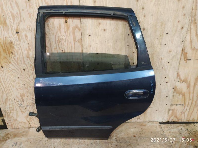 Дверь боковая Nissan Tino HV10 SR20DE 1999 задняя левая