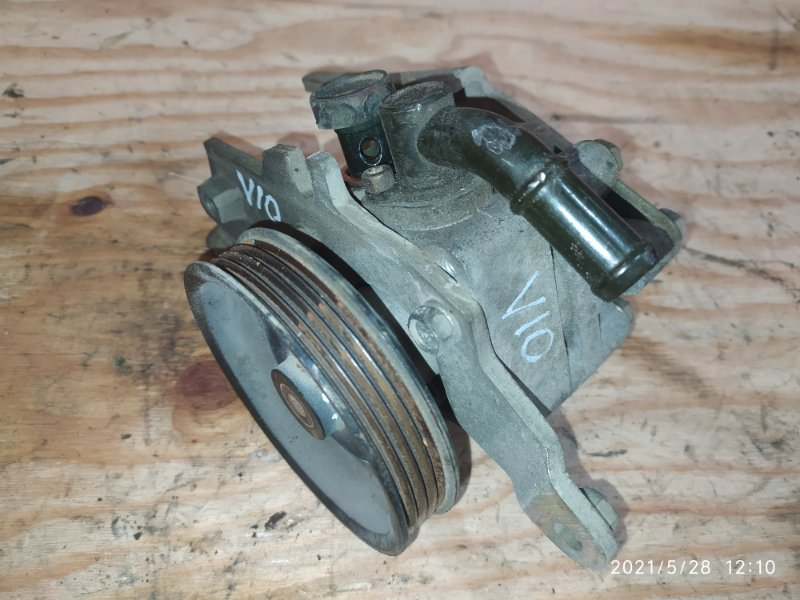 Насос гидроусилителя Nissan Tino HV10 SR20DE 1999