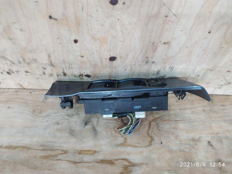 Блок управления стеклоподъемниками Nissan Terrano TR50 ZD30DDTI 2002