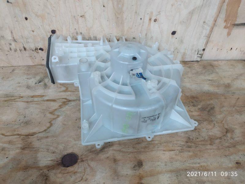 Вентилятор печки Nissan Bluebird Sylphy QG10 QG18DE 2004