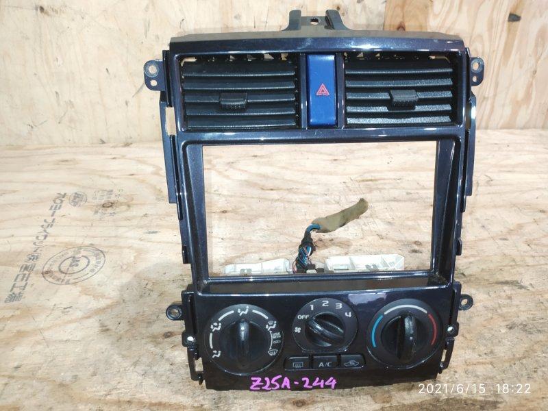 Блок управления климат-контролем Mitsubishi Colt Z25A 4G19 2004