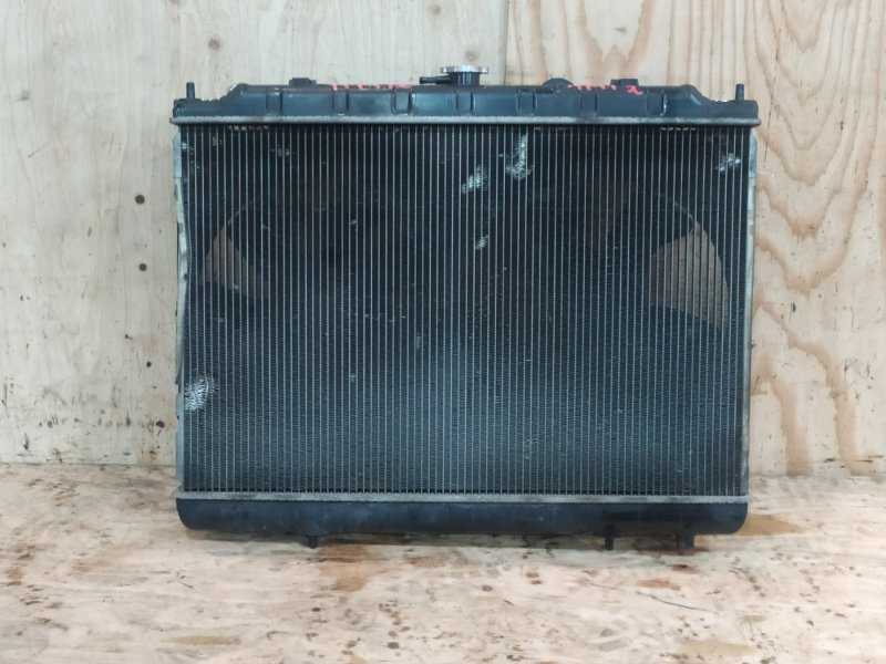 Радиатор двигателя Nissan Liberty RM12 QR20DE 2002