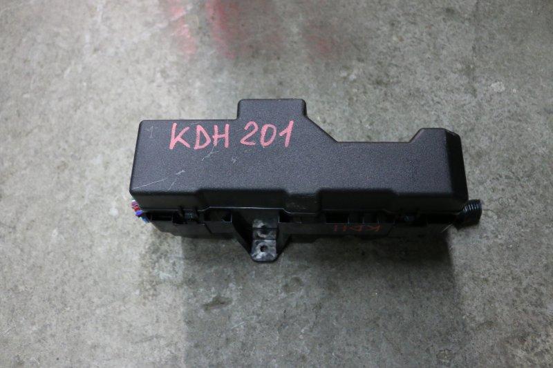 Блок предохранителей Toyota Hiace KDH201 1KD 2014 Основной (б/у)