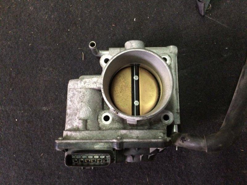 Заслонка дроссельная Mazda Biante CCEFW LF 2010 Трещина на ободке контактной группы. (б/у)