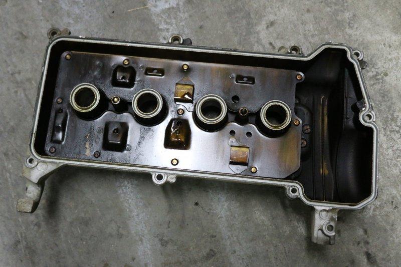 Крышка головки блока цилиндров Toyota Corolla Fielder NZE121 1NZ 2001 (б/у)