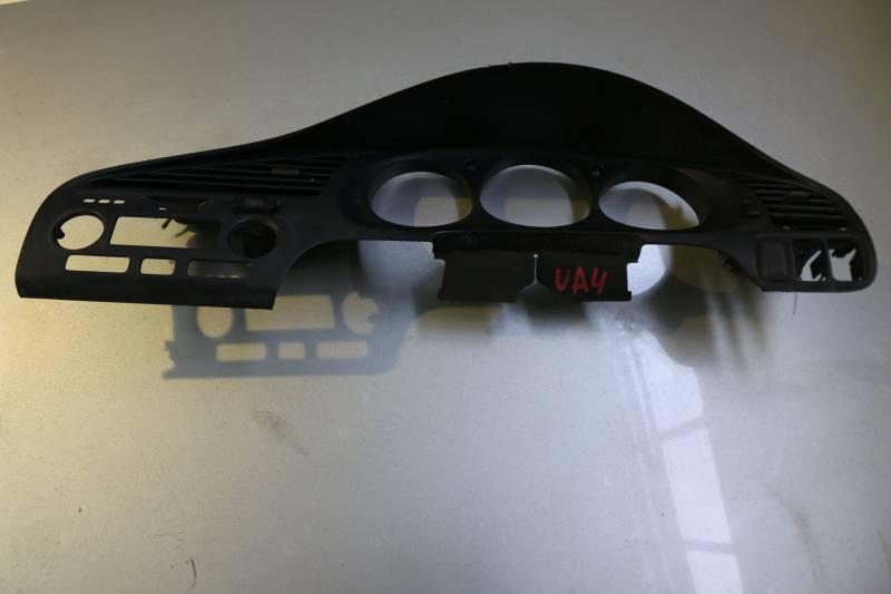 Консоль центральная Honda Saber UA4 J25A (б/у)