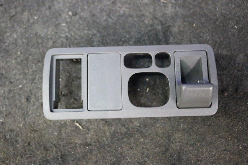Консоль салона Toyota Allion ZZT240 1ZZ 2003 (б/у)