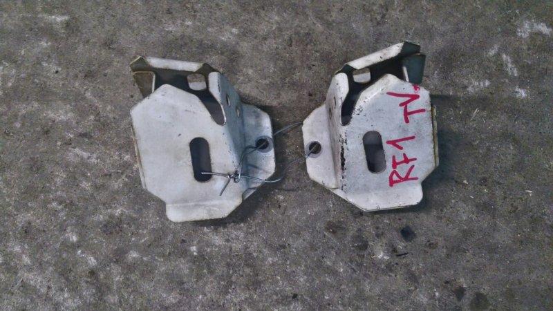 Кронштейн усилителя бампера Honda Stepwgn RF1 B20B 2001 Цена указана за пару, продаются (б/у)