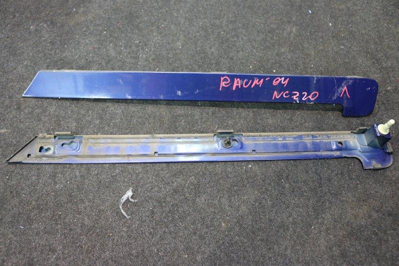 Накладка на крыло Toyota Raum NCZ20 2004 задняя правая Крышка полозьев сдвижной двери. (б/у)