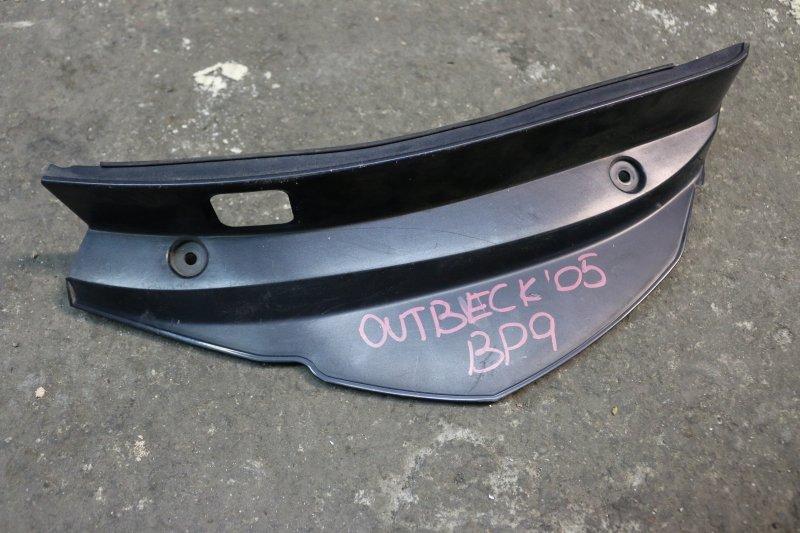 Накладка на стоп-сигнал Subaru Outback BP9 EJ25 2005 правая (б/у)