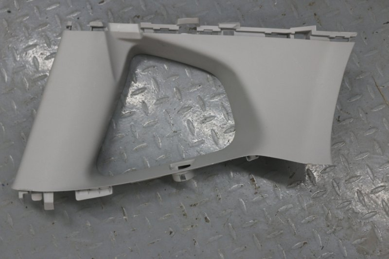 Обшивка багажника Honda Fit GE6 L13A 2009 левая (б/у)
