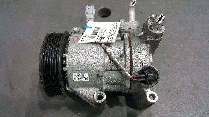 Компрессор кондиционера Toyota Vitz KSP130 1KR 2011 Есть сколы на шкиве. (б/у)