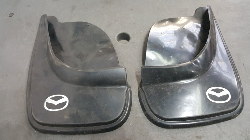 Брызговики Mazda Дубликат, 2 шт., модель неизвестна (б/у)