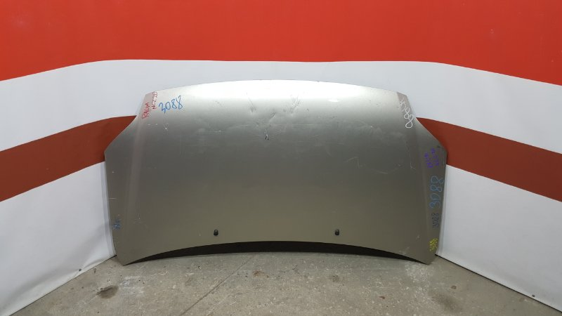 Капот Toyota Raum NCA25 2003 Небольшие вмятины (см. фото). (б/у)