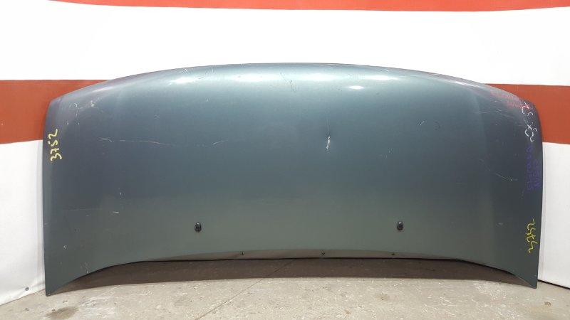 Капот Nissan Elgrand ALE50 1999 Небольшая вмятина (см. фото). (б/у)