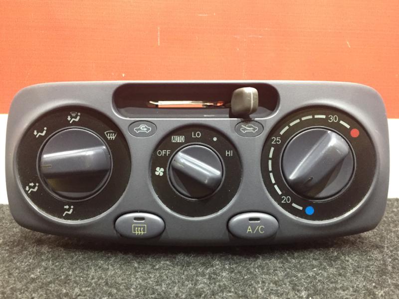 Блок управления климат-контролем Toyota Raum EXZ10 5E 1999 (б/у)