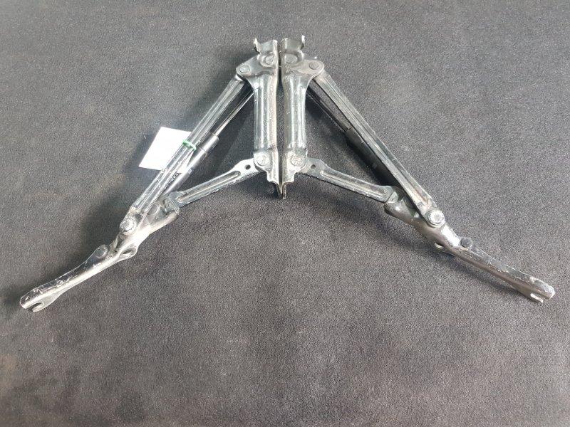 Амортизатор крышки багажника Toyota Mark X GRX120 4GR-FSE 2005 Продаются парой, то что на (б/у)