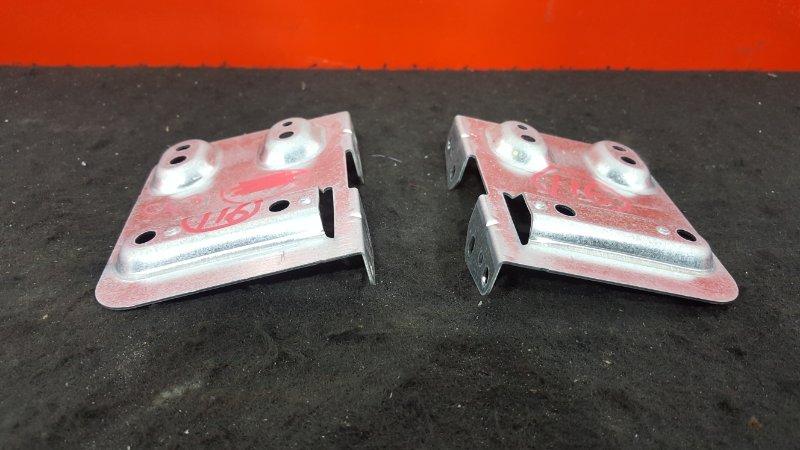 Крепление магнитолы Honda Accord CF3 F18B 2002 Продаются парой, цена за пару. (б/у)