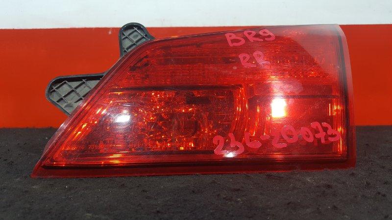 Вставка багажника Subaru Outback BR9 EJ25 задняя правая 132-20073 В крышку багажника. (б/у)