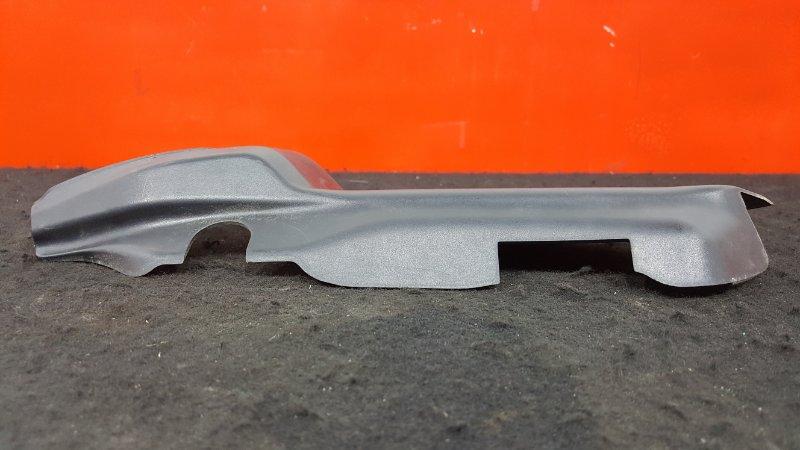 Накладка декоративная Subaru Outback BR9 EJ25 задняя левая В крышку багажника. (б/у)