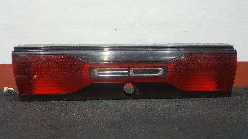 Вставка багажника Toyota Carina Ed ST200 Между стопами. (б/у)
