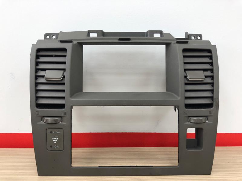 Рамка магнитолы Nissan Tiida JC11 MR18DE 2005 (б/у)
