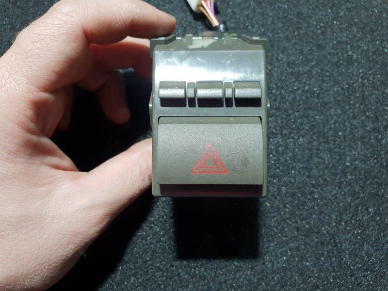 Кнопка включения аварийной сигнализации Toyota Camry ACV40 2AZ 2007 (б/у)