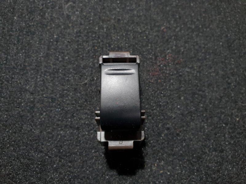 Кнопка стеклоподъемника Toyota Opa ZCT10 1ZZ 2001 (б/у)