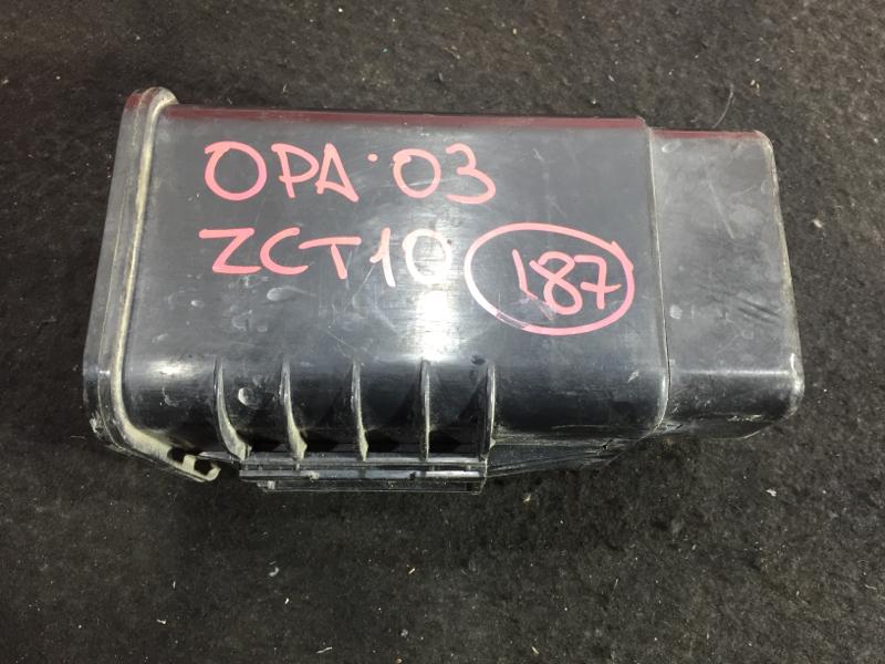 Фильтр паров топлива Toyota Opa ZCT10 1ZZ 2005 77704-63010 (б/у)