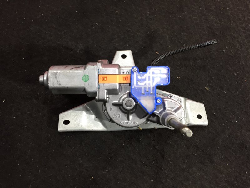 Моторчик заднего дворника Honda Airwave GJ1 L15A 2005 задний (б/у)