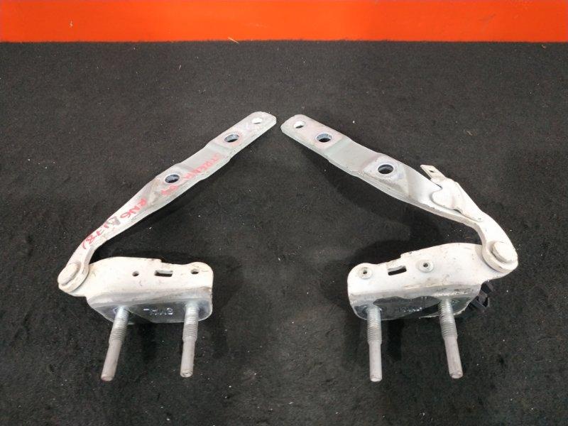 Крепление крышки багажника Honda Stream RN6 R18A 2007 Продаётся парой. Цена указана за (б/у)