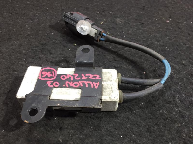 Резистор вентилятора охлаждения Toyota Allion ZZT240 1ZZ 2003 246810-4100 45 ящик (б/у)