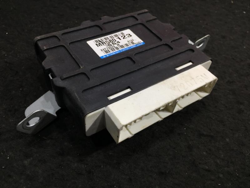 Блок управления раздаткой Mitsubishi Pajero V73W 6G72 2006 MR580123 7 ящик (б/у)