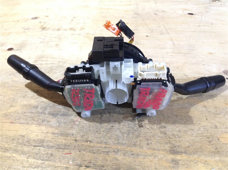 Гитара дворников Toyota Land Cruiser Prado TRJ120 2TR 2007 72392 Шлейф и гитара света продаются (б/у)