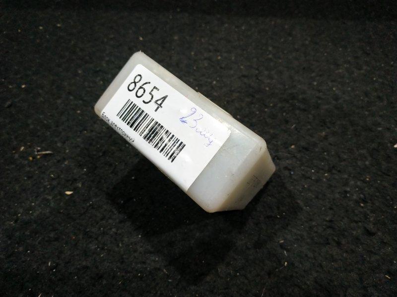 Блок электронный Nissan Laurel GC35 23 ящик, (б/у)