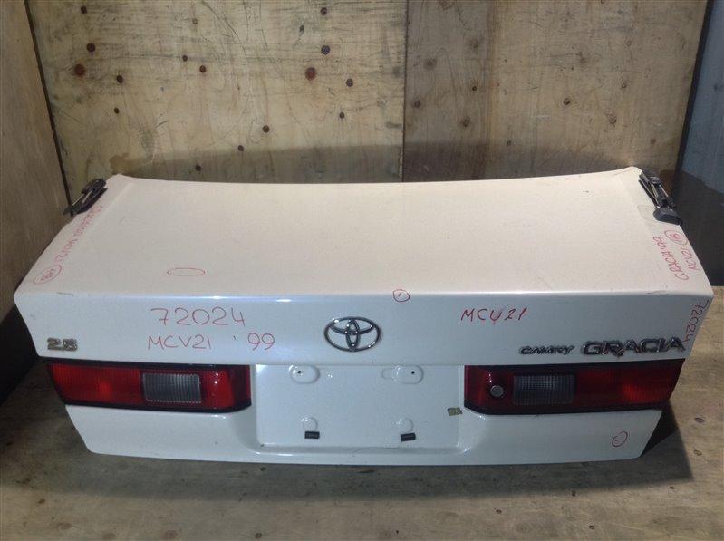 Крышка багажника Toyota Camry Gracia MCV21 1999 72024 (+21.05.20) Небольшие вмятины (см. фото). (б/у)